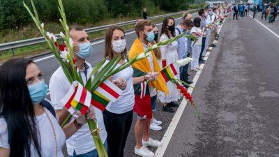 Weißrussland: Lage bleibt explosiv – Menschenkette mit 50.000 Teilnehmern von Vilnius bis zur Grenze