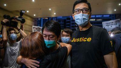 Pekings Sicherheitsgesetz für Hongkong: Zwei Abgeordnete der Opposition festgenommen