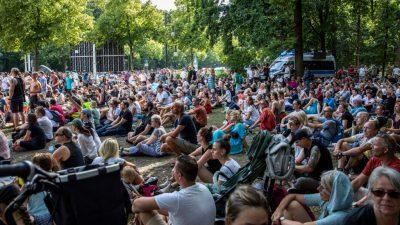 Nachwehen zu Berliner Demo gegen Corona-Politik: Ballweg reicht Strafanzeige gegen Esken ein