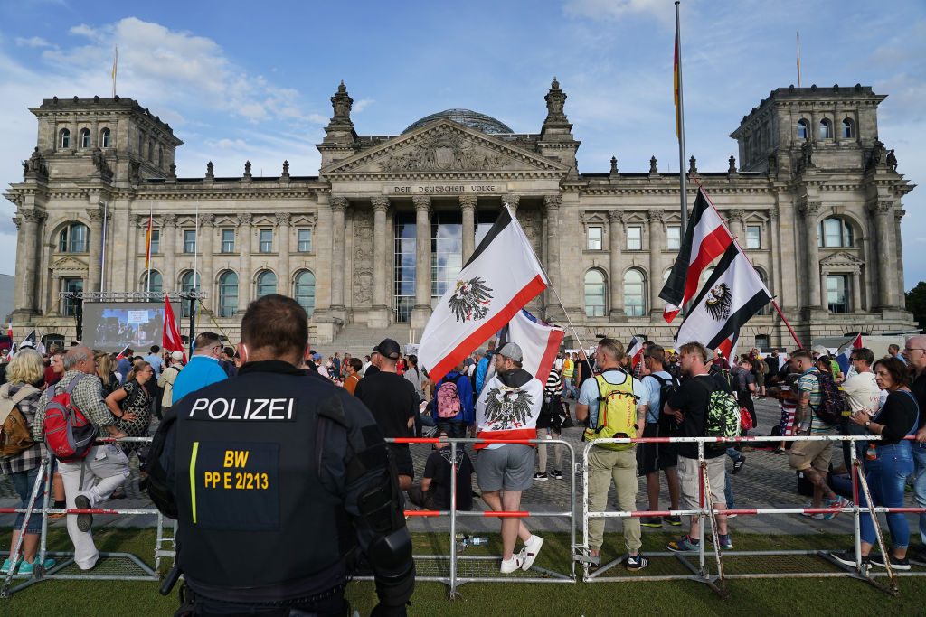 Rheinland-Pfalz verbietet Reichsflaggen in der Öffentlichkeit