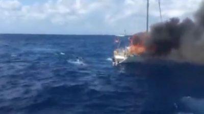 Kalabrien: Drei Tote bei Feuer auf Migrantenboot vor Süditalien