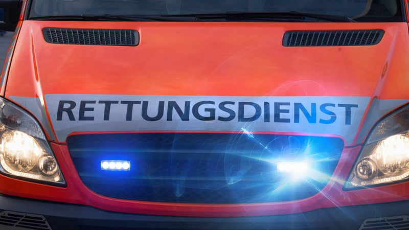 Auto rast im Kreis Viersen in Menschengruppe: Ein totes Kind und drei Schwerverletzte