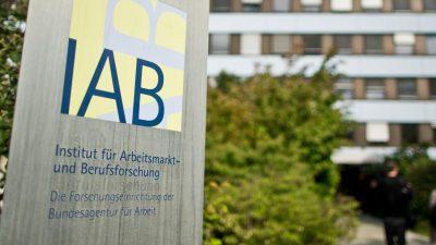 Drei Arbeitslose auf eine offene Stelle: Eine halbe Million Jobs weniger in Deutschland
