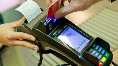 Corona-Krise gibt Kartenzahlung Schub – Doch das kann teuer werden