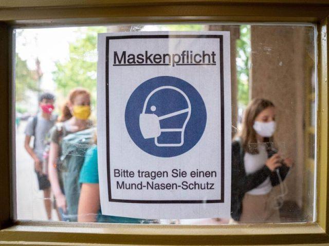 Hamburg: Maskenpflicht nach Hausnummern – München und Duisburg überschreiten Corona-Warnstufe