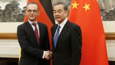 Pressekonferenz: Maas trifft chinesischen Außenminister – Heftige Proteste vor dem Auswärtigen Amt