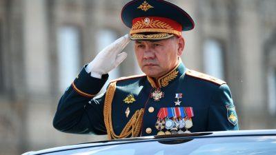 Russland hält multinationales Manöver mit fast 13.000 Soldaten im Kaukasus ab – Truppenaufstockung im Osten