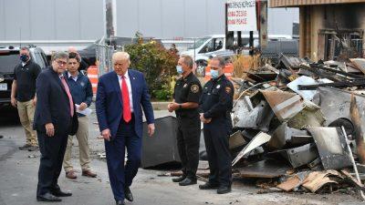 Trump besucht Kenosha und verspricht Hilfe für von Unruhen betroffene Unternehmer