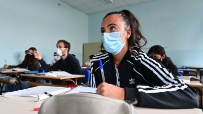 Wegen Pandemie Schuljahr wiederholen? Geteiltes Echo bei Gewerkschaften und Lehrerverbänden