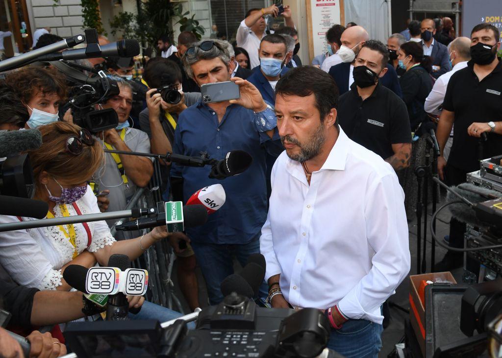 Salvini bündelt rechtsgerichtete Kräfte gegen die Regierung