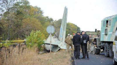 26 Tote nach Absturz ukrainischer Militärmaschine