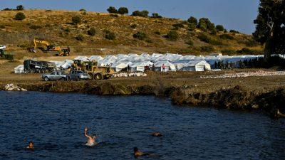 Griechische Regierung verteidigt Zustände in Flüchtlingslagern