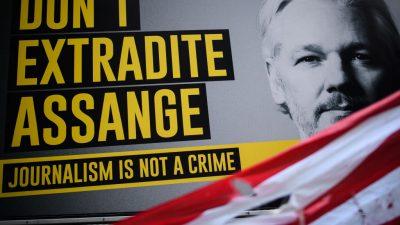 """Wikileaks-Gründer Assange hört nach eigenen Angaben """"Stimmen"""" in seiner Zelle"""