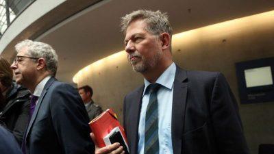 MAD-Chef Christof Gramm den Grünen geopfert? Kritik nach Ablösung des Nachrichtendienst-Chefs