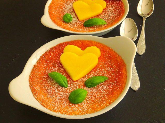 Göttliches Heilmittel: Süßer Limetten-Basilikum-Auflauf mit Mangoherzen