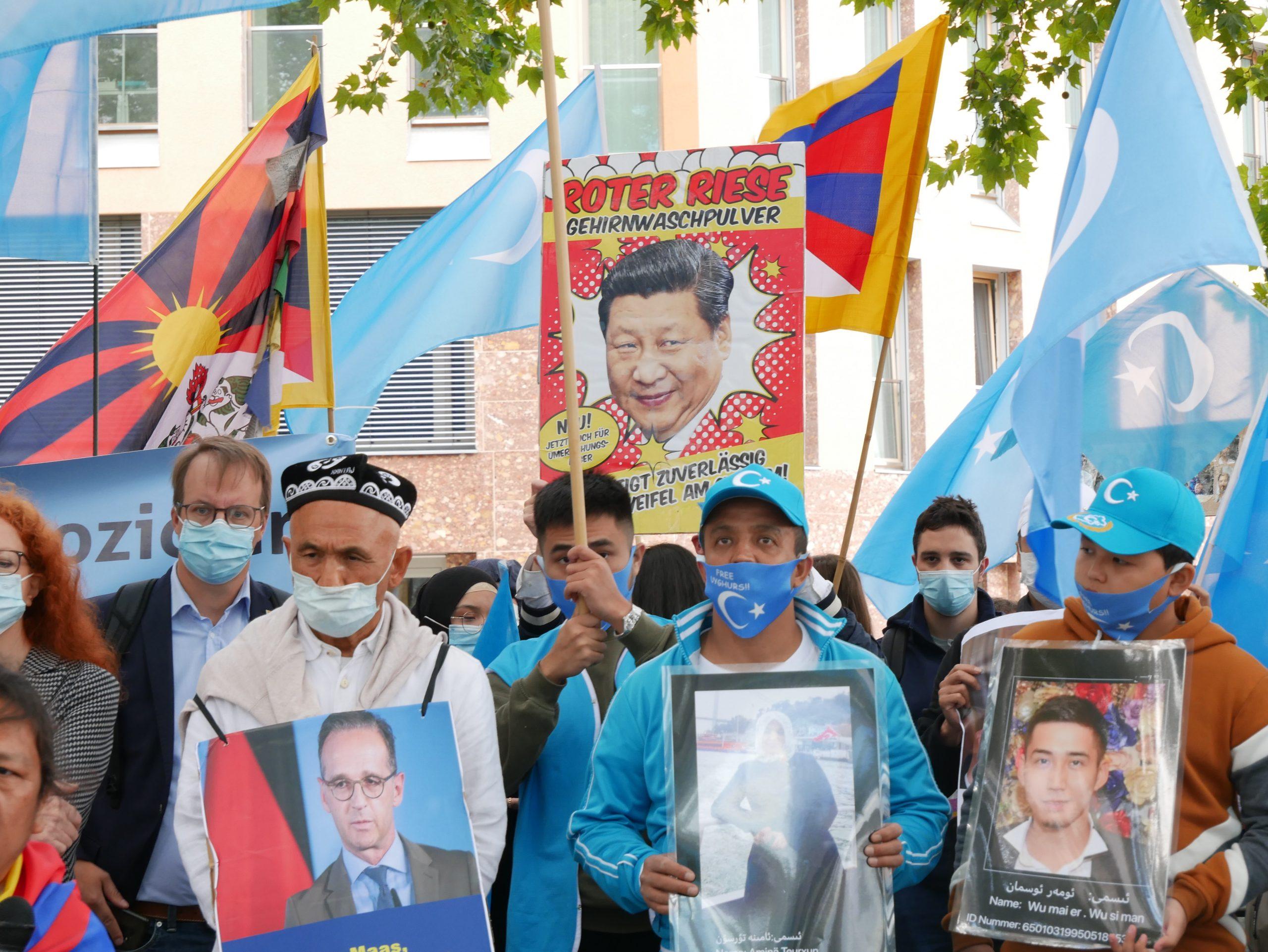 """Scheidende US-Regierung wirft China """"Völkermord"""" an Uiguren vor"""