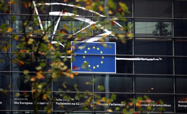 EU verhängt Sanktionen wegen Verstößen gegen libysches Waffenembargo