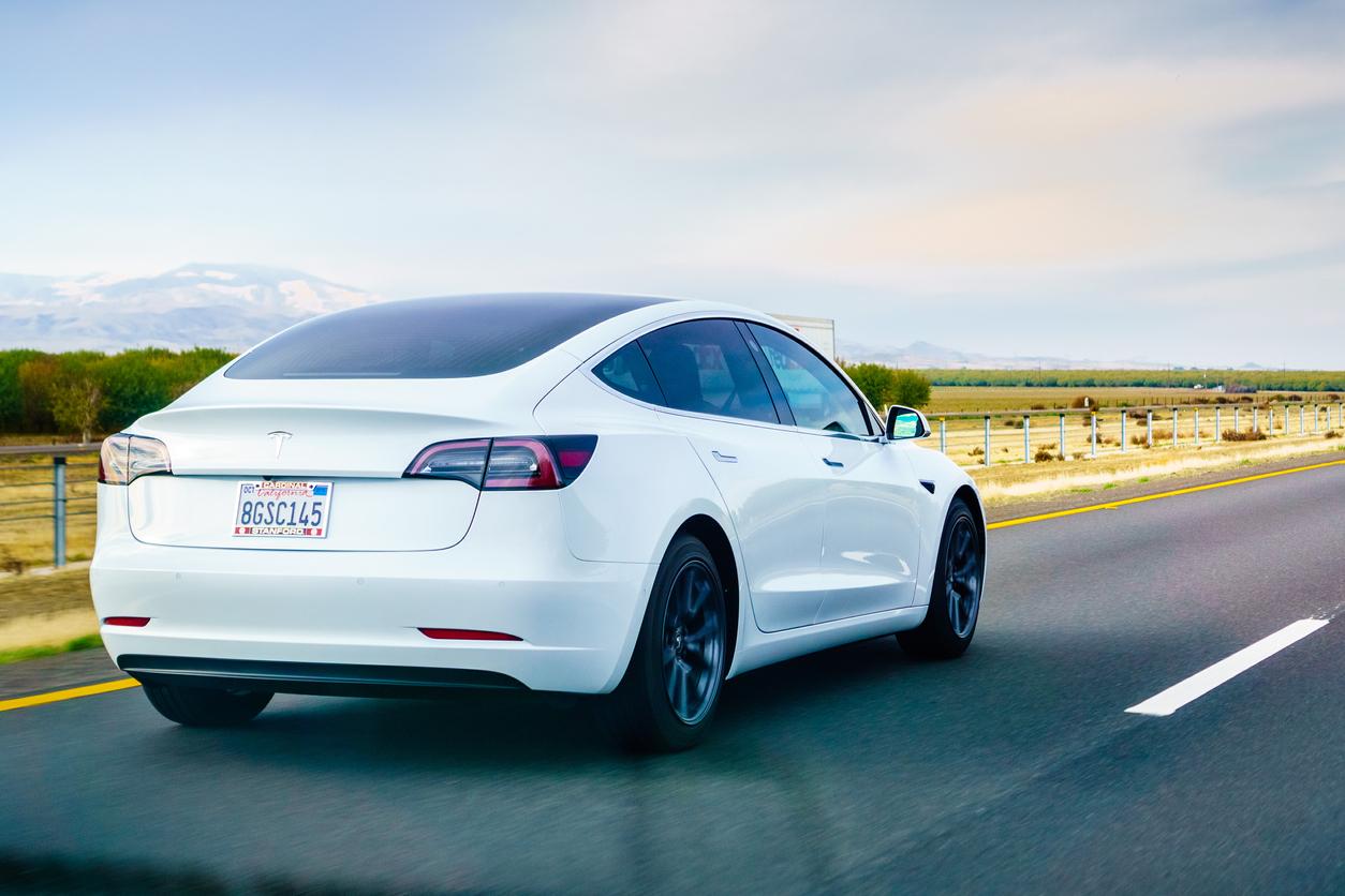 Zweifel an Teslas Fahrerassistenzsystemen nach tödlichem Unfall in Texas wachsen