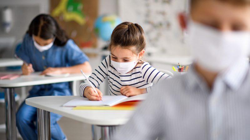 Kinder scheiden weniger Aerosolpartikel aus als Erwachsene