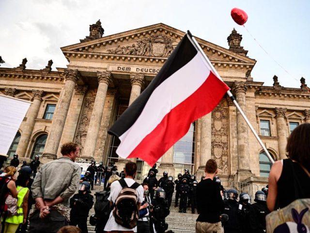 """Flaggenverbot in Bremen gekippt: Zeigen der Schwarz-Weiß-Rot-Flagge ist keine """"Volksverhetzung"""""""