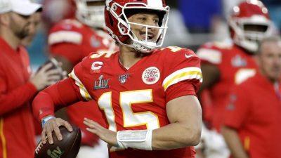 Neuanfang für Quarterbacks Brady und Newton