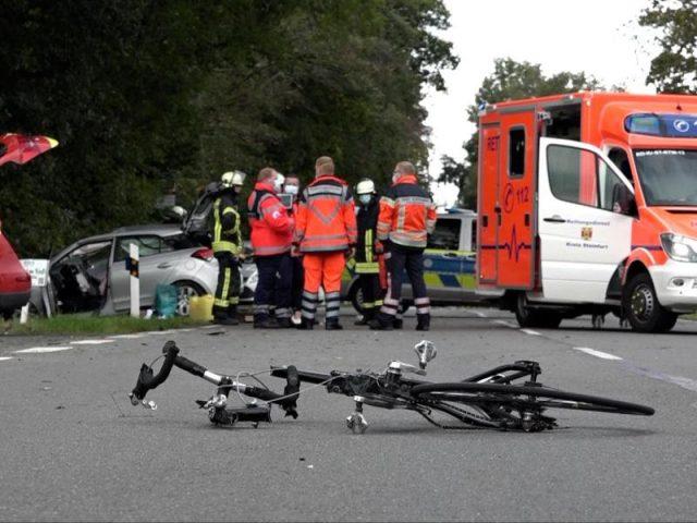 Psychisch Kranke verursacht fünf Unfälle und tötet Radfahrer...