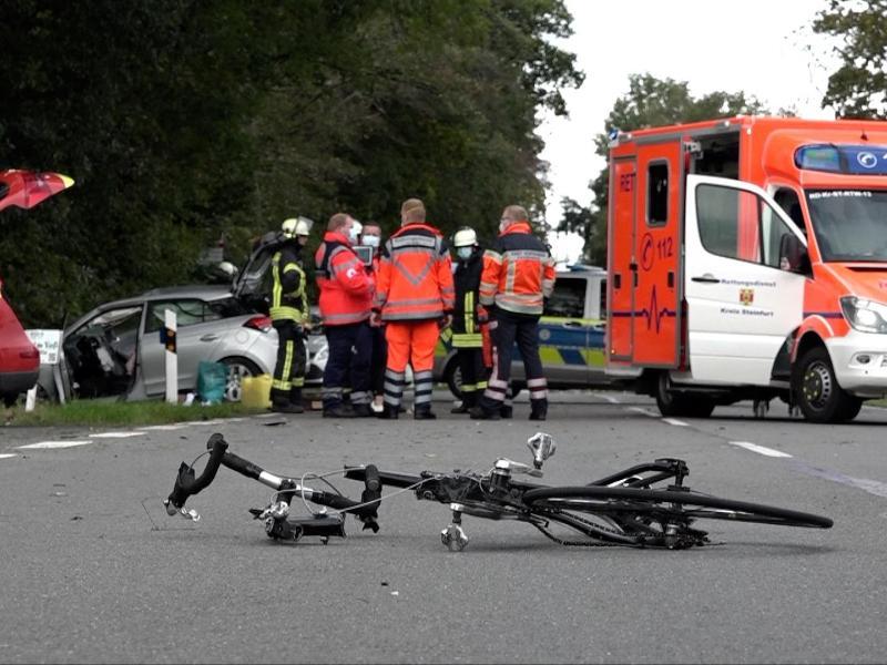 Autofahrerin wegen Unfallserie in Psychiatrie eingewiesen