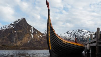 Weit gereiste Europäer statt blonde Skandinavier: Heutige Vorstellungen über Wikinger stammen eher aus Filmen