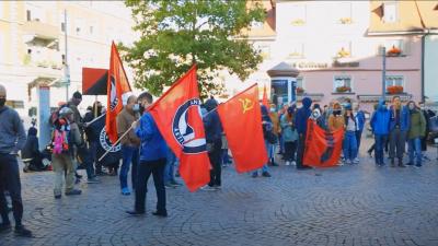 Polizei setzt Reizgas auf Gegen-Demo in Konstanz ein