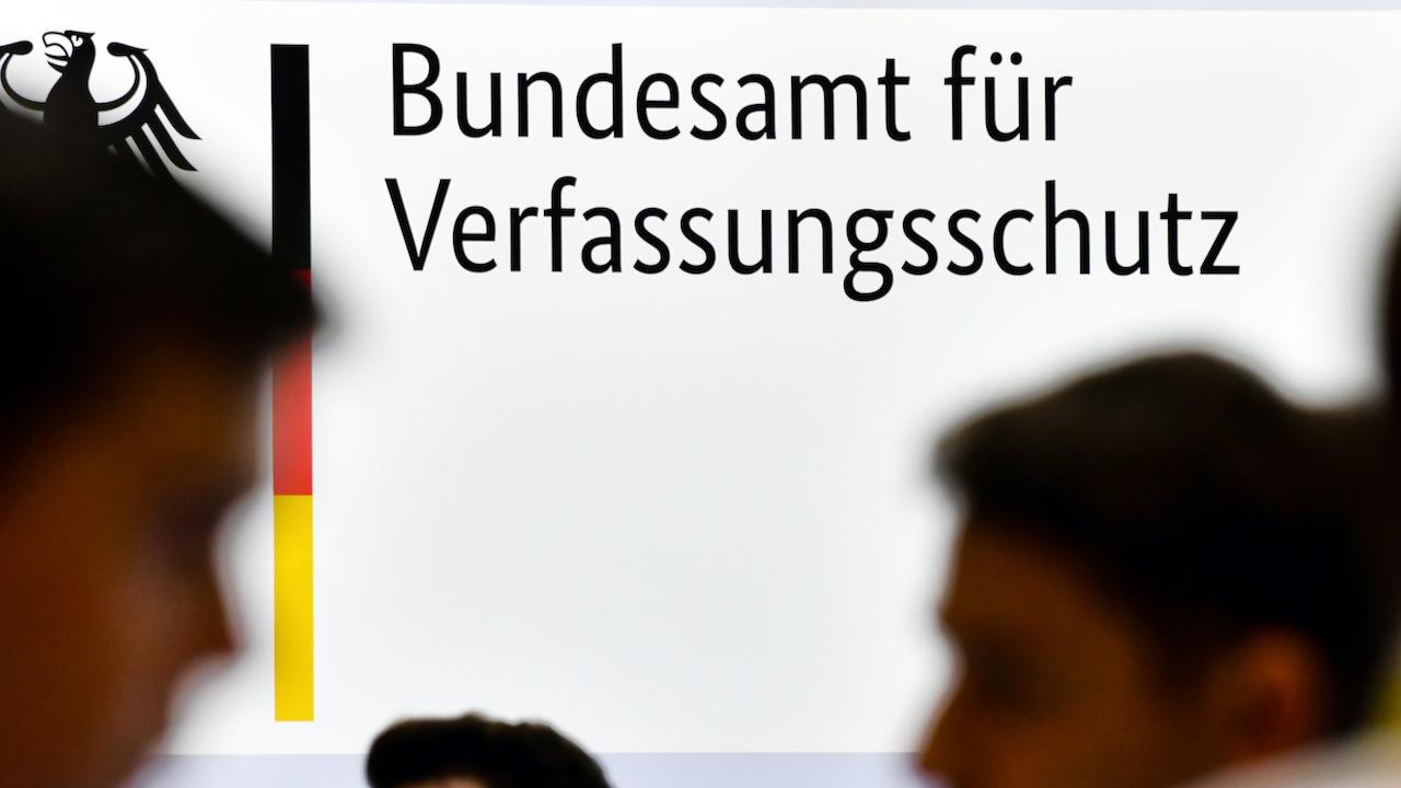 Urteil: Bundesverfassungsschutz darf AfD vorerst nicht als Verdachtsfall behandeln