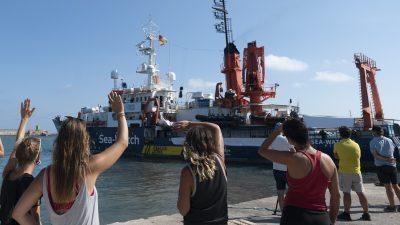 """""""Sea Watch 4"""": Unter schwarzer Flagge der Antifa im Mittelmeer – AfD lässt Gemeinnützigkeit prüfen"""