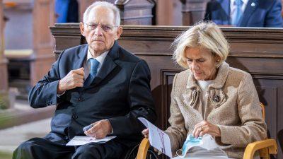 """Schäuble wird zu Merkel-Gegenspieler in der Corona-Politik: """"Bundestag endlich einbinden"""""""