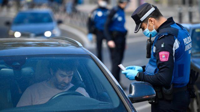 Spanien: Regierung droht nach Urteil gegen Teil-Lockdown für Madrid mit Notstand