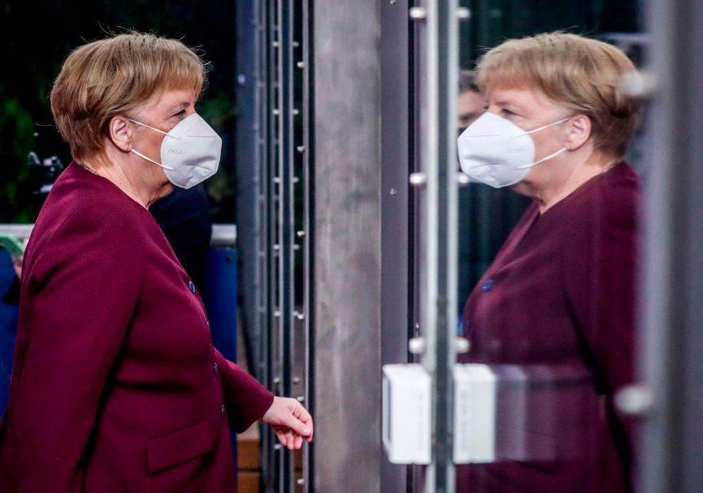 Grüne verlangen Regierungserklärung von Merkel zu Corona-Maßnahmen