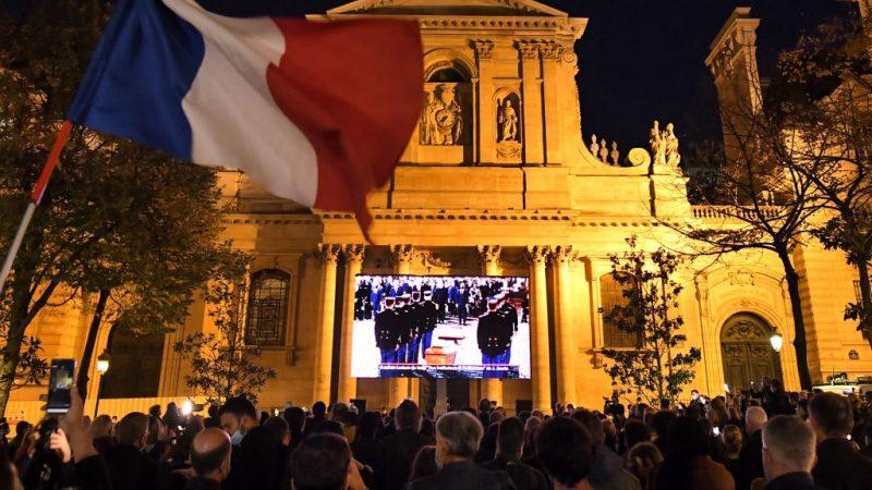Nach Nizza-Anschlag: Höchste Terrorwarnung ausgerufen – Frankreichs Glocken läuten