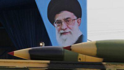 """Iran erklärt UN-Waffenembargo für """"aufgehoben"""" – Russland will militärische Kooperation ausbauen"""