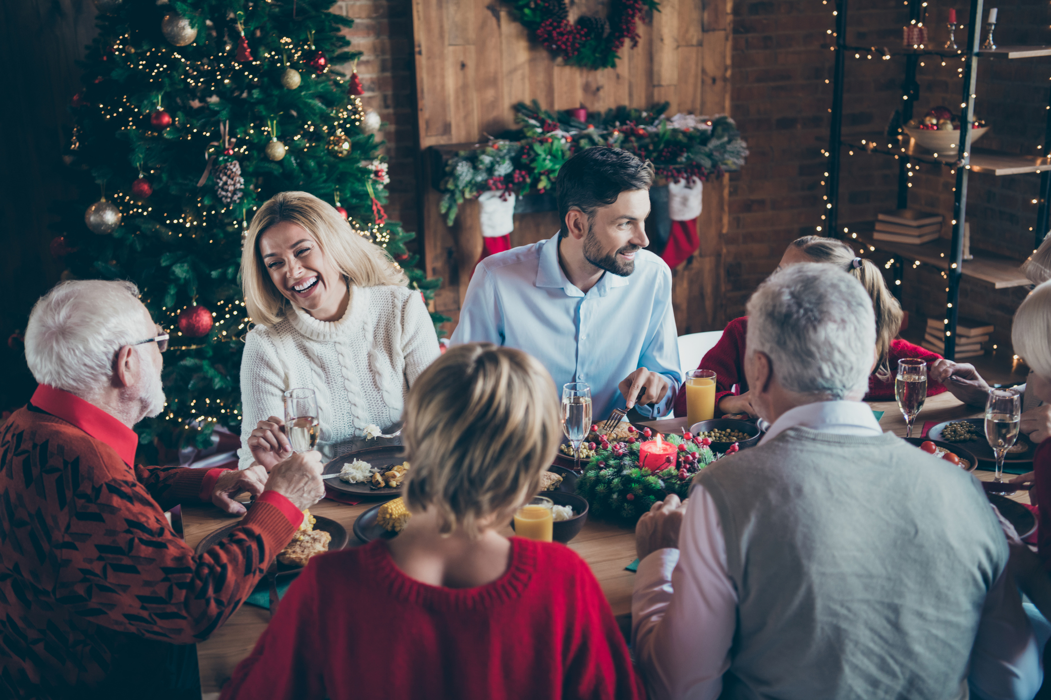 Harsche Kritik: Weihnachts-Beschränkungen verspielen Vertrauen der Menschen