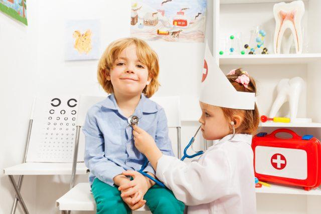 Pandemie ohne Ende? Kinderarzt Eugen Janzen fordert klare Ansagen von Regierung und Politikern