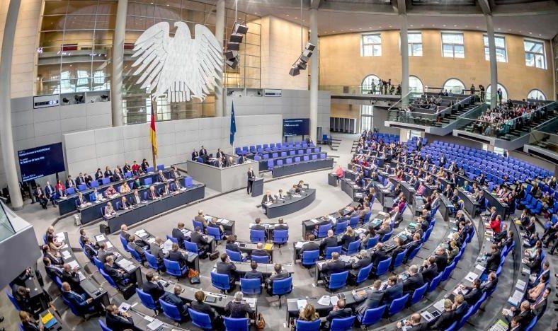 Bundestag: Grüne wollen Homeoffice-Gebot konsequent durchsetzen