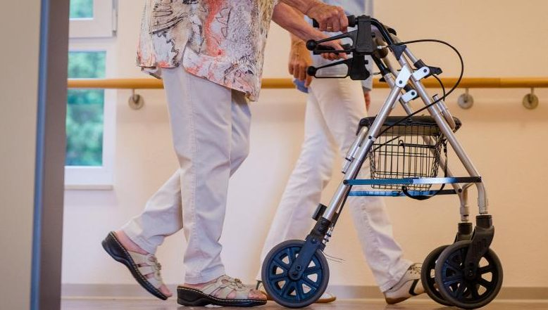 Pflegebeauftragter will Arbeitsbedingungen in Heimen verbessern