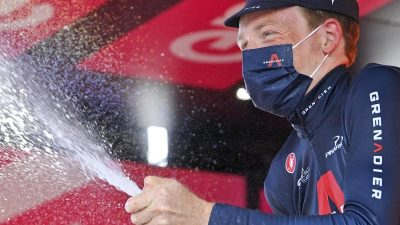 Hindley noch abgefangen:Hart gewinnt Giro d'Italia