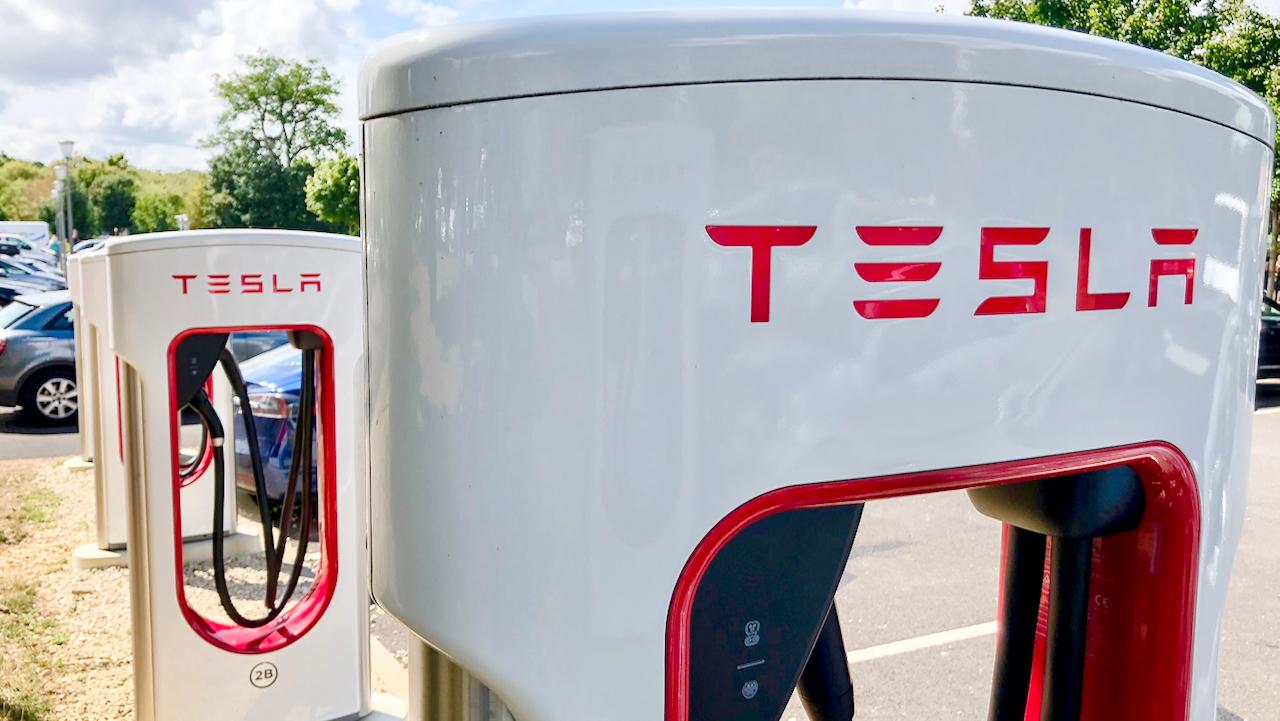 Tesla wird ab Dezember in Aktienindex S&P 500 aufgenommen