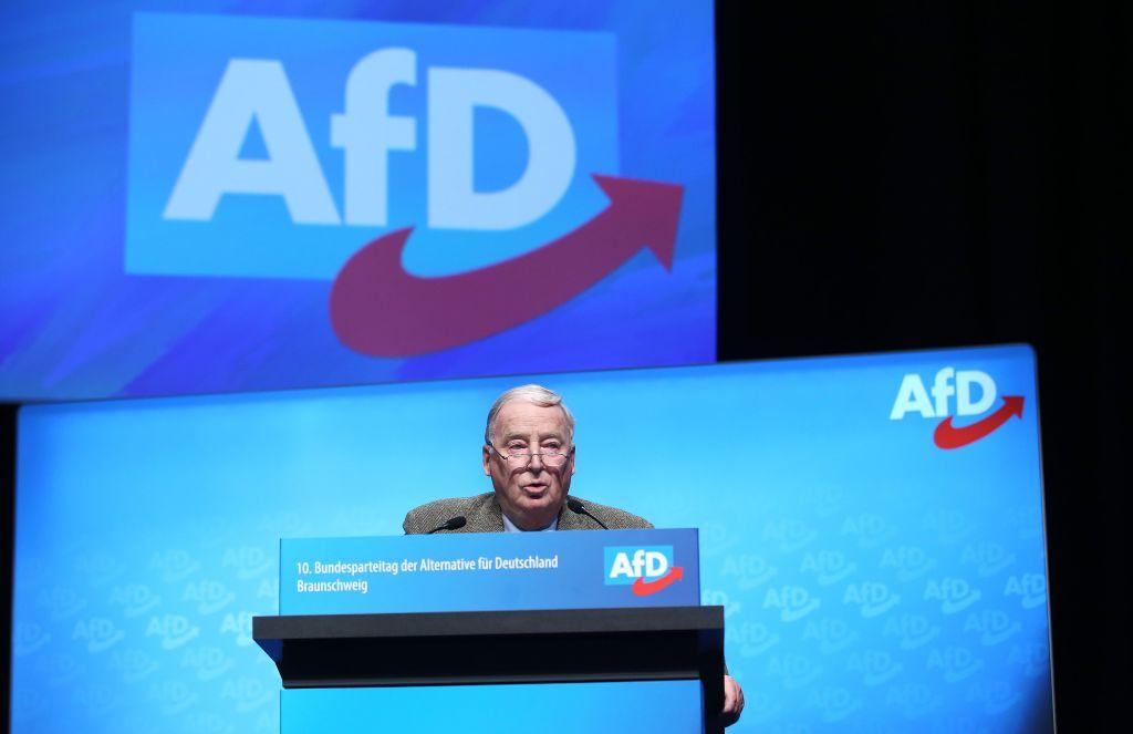 AfD-Bundesparteitag in Kalkar: Veranstaltung gestartet – Gegendemonstranten versammeln sich