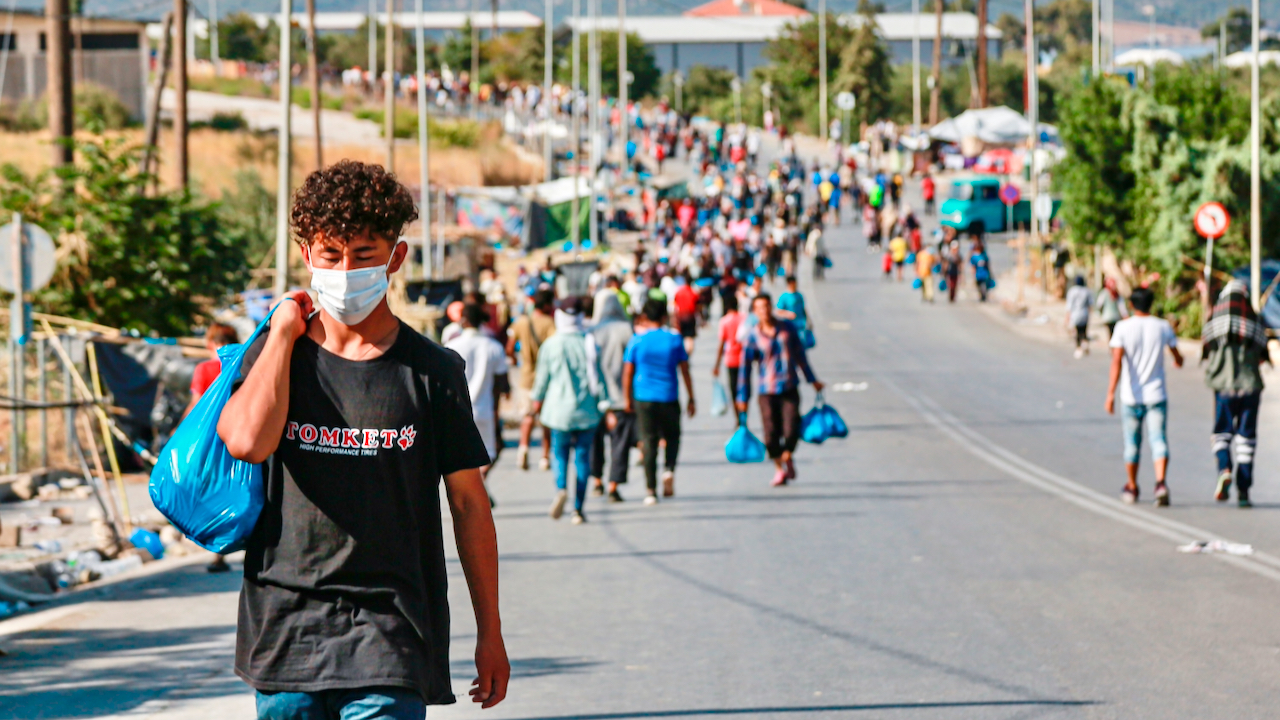 Weitere 99 Migranten aus Griechenland in Hannover gelandet