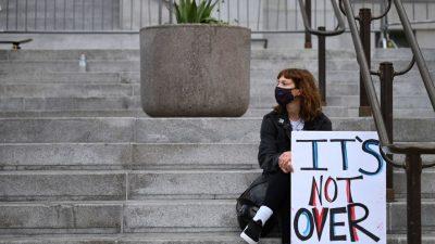 Juristisches Tauziehen: Streitigkeiten, rechtliche Anfechtungen und Nachzählungen zur US-Wahl