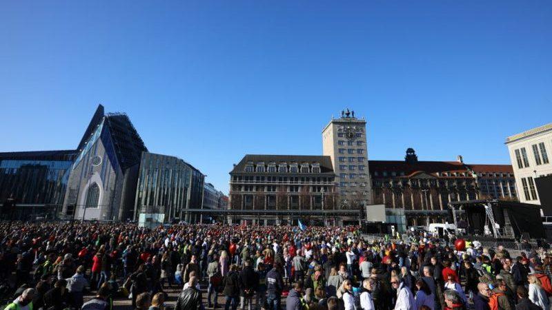 Leipzig: 20.000 gewaltbereite Neonazis? Videobericht unseres Reporterteams – ungeschminkt und authentisch