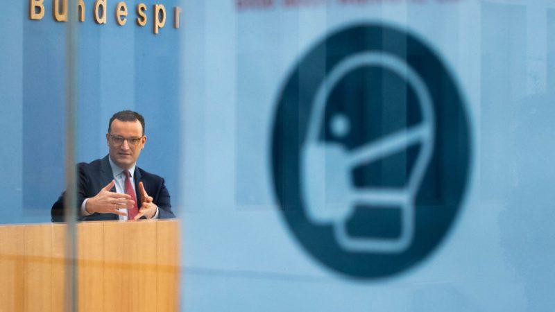 """Bundesregierung schließt schnelle Maßnahmen-Lockerung aus – Gauland: Regierung will Bürger """"für dumm verkaufen"""""""