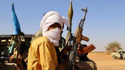 Mehrere Militärstützpunkte in Mali unter Beschuss – Deutsche Kräfte sind nicht betroffen