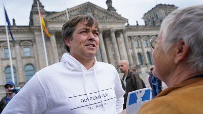 """""""Querdenken"""" weist Vorwürfe des Antisemitismus und der Radikalisierung zurück"""