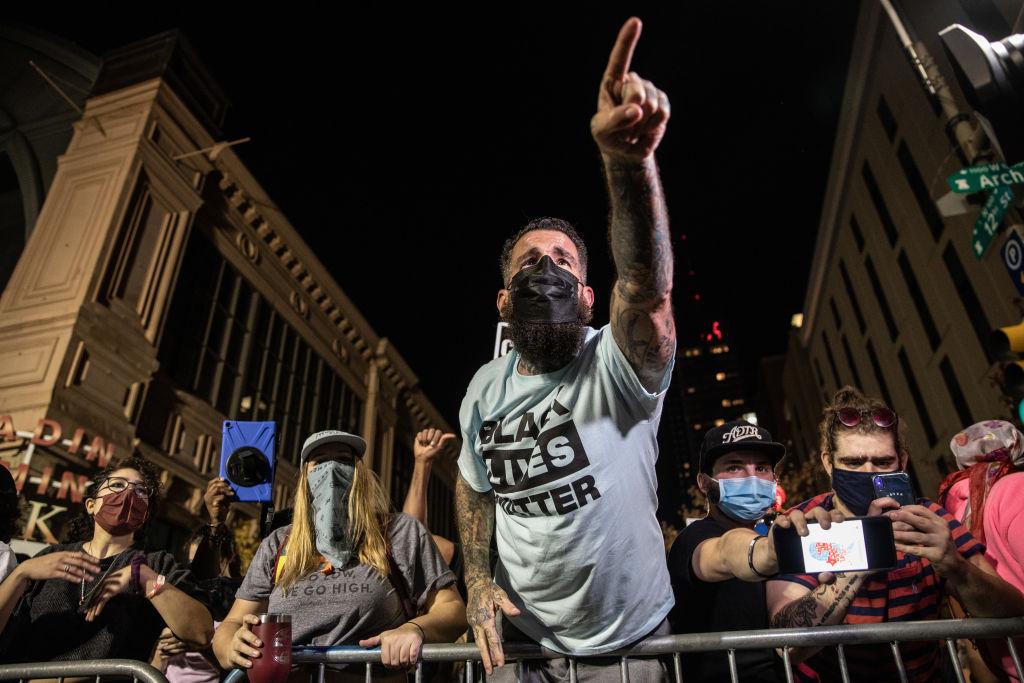 """""""Wir wollen etwas für unsere Stimmen"""": Black Lives Matter richtet Forderungskatalog an Joe Biden"""